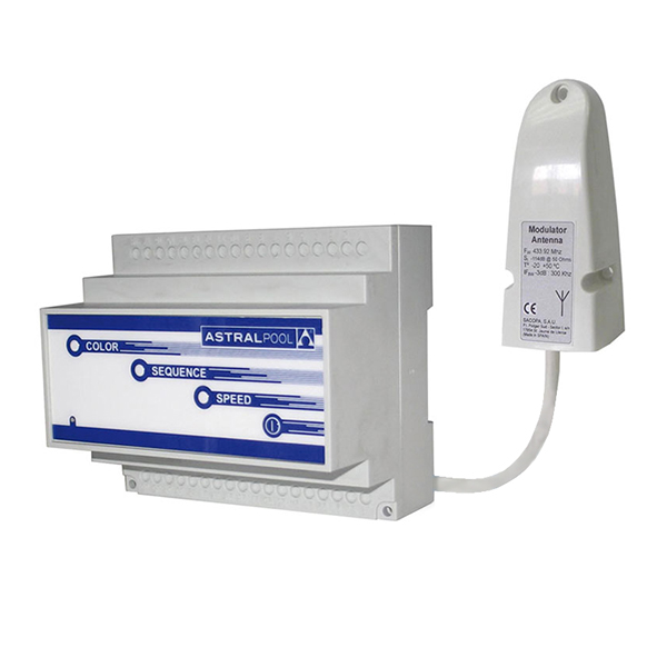 Modulateur avec telecommande LumiPlus